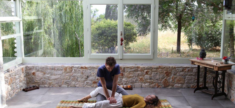 basic thai massage with panagiotis and kristina photoshoot 1-min